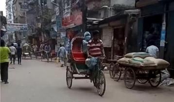 ঢাকার প্রধান রাস্তায় ব্যাটারিচালিত রিকশা, বাড়ছে দুর্ঘটনা ঝুঁকি (ভিডিও)
