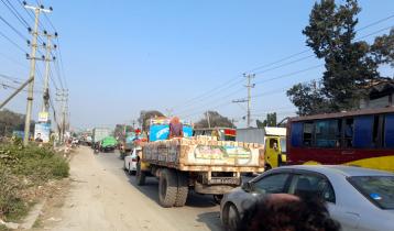 ঢাকা-আরিচা মহাসড়ক হঠাৎ ৪ কিলোমিটার যানজট
