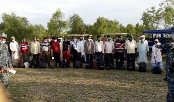 ভাসানচরে রোহিঙ্গা প্রতিনিধি দলের অবস্থান
