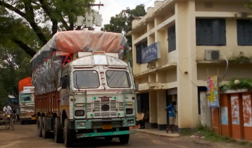 ভারত থেকে ১৫ হাজার মেট্রিকটন চাল আসবে হিলি বন্দরে