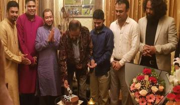 জন্মদিনে ভালোবাসায় সিক্ত রুহুল আমিন হাওলাদার