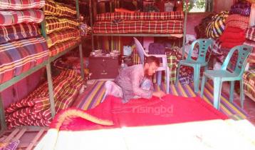 কম্বল দখল করছে লেপের বাজার