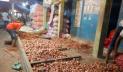 হিলিতে পেঁয়াজের দাম কমেছে কেজিতে ২৫ টাকা