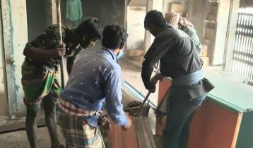 সুন্দরবন স্কয়ার সুপার মার্কেটের ৩৮০ অবৈধ দোকান উচ্ছেদ
