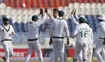 করাচি টেস্টে পাকিস্তান দলে ৬ নতুন মুখ