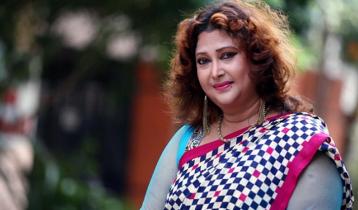 এফডিসির গেটে আমার ওড়না রেখে দিয়েছিল: রিনা খান