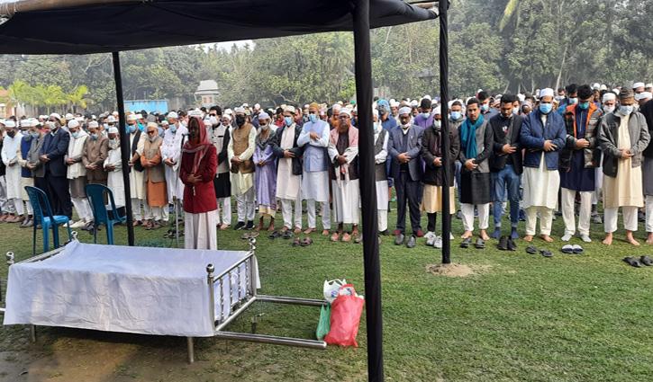 ওয়ালটন পরিচালক মাহবুব আলম মৃদুলকে পারিবারিক কবরস্থানে দাফন