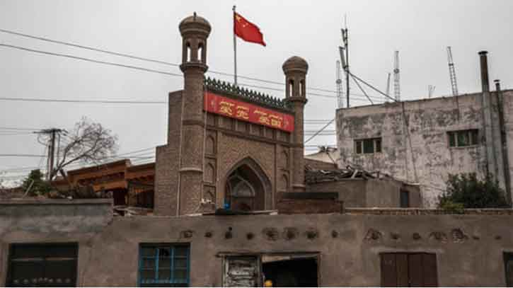 China destroys thousands of mosques in Xinjiang