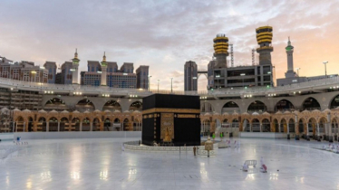 Umra resumes from Sunday
