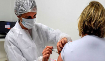 Brazil Covid-19 vaccine trial continues after one dies
