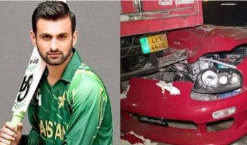 Shoaib Malik survives a horrific accident