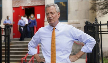 Blasio places mayor`s office staffers, himself on leave