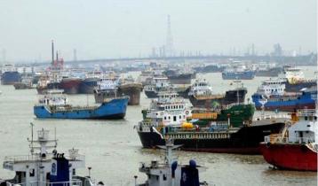 River vessel workers go on indefinite strike in Barishal