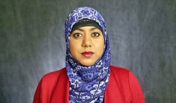 Bangladeshi Rumana returns to White House wearing hijab