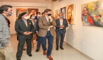US Ambassador Miller visits art exhibition on PM at Cosmos Centre