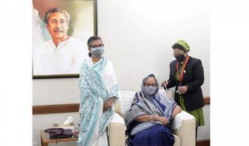 Prime Minister takes Coronavirus vaccine