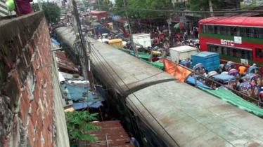 Rail Derailment: Dhaka-Narayanganj rail service halted