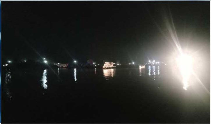 Ferry service on Paturia-Daulatdia route halted