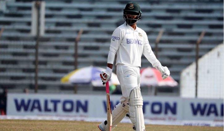 Bangladesh lose Tamim, Shanto