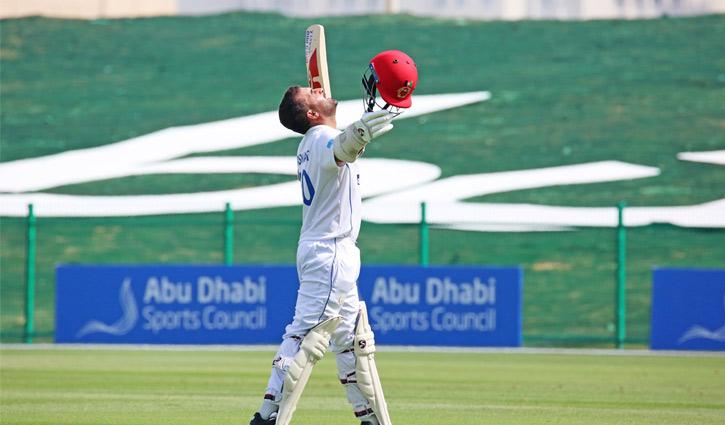 প্রথম আফগান ক্রিকেটার হিসেবে হাসমতউল্লাহর ডাবল সেঞ্চুরি