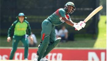 Bangladesh set 262-run target for South Africa