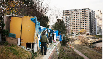 Downtown Tokyo's homeless fear removal ahead of Olympics