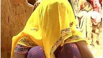 ওয়াজ মাহফিল থেকে ৭ নারী চোর আটক