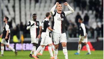 Ronaldo double sees Juventus beat Parma