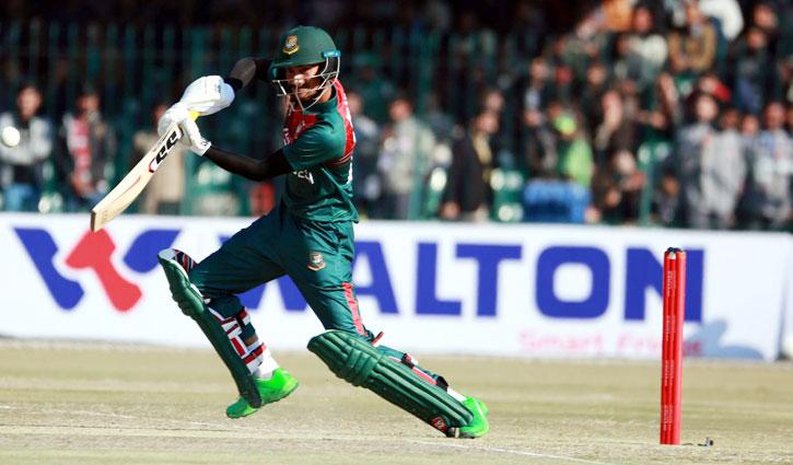 Pakistan beat Bangladesh by 5 wickets