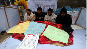 Rape of DU student: 4 students go on hunger strike