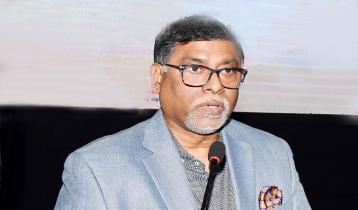 'করোনা মোকাবিলায় প্রধানমন্ত্রী বিশ্বে প্রশংসিত হয়েছেন'
