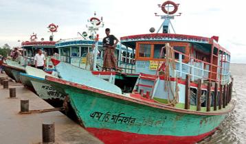 পাটুরিয়া-দৌলতদিয়া নৌরুটে লঞ্চ পারাপার বন্ধ