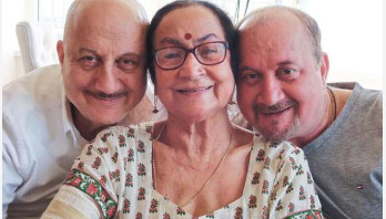 Anupam Kher's mother tests positive for Covid-19