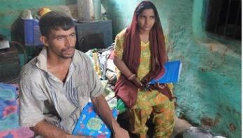 অনলাইন ক্লাস: স্মার্টফোন কিনতে গরু বেচলেন বাবা