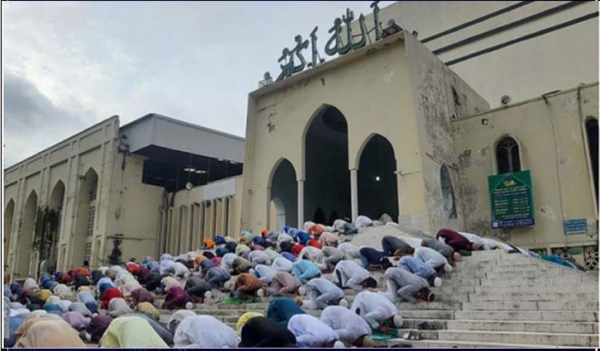 Six Eid Jamaats held at Baitul Mukarram mosque