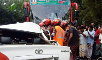 3 of a family among 4 killed in Kurigram road crash