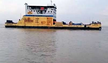 Ferry services resume on Shimulia-Kathalbari route after 22 hrs