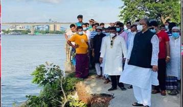Severe Dhaleshwari erosion in Munshiganj