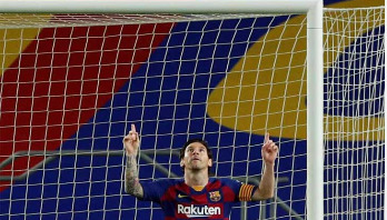 Messi scores 700th career goal