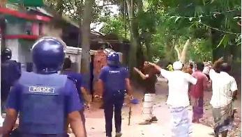 সরাইলে দুদল গ্রামবাসীর সংঘর্ষে পুলিশসহ আহত অর্ধশতাধিক