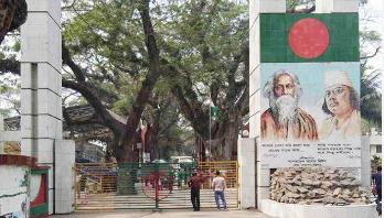 এবার ভারতে পণ্য পাঠানো বন্ধ, অচল বেনাপোল বন্দর