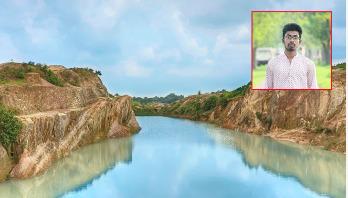 বালুদস্যুর কবলে দুর্গাপুর, দুর্ঘটনায় প্রাণ হারাচ্ছে শিক্ষার্থীরা