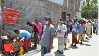 রাজশাহীতে ১০ টাকা কেজি দরে চাল বিক্রি শুরু