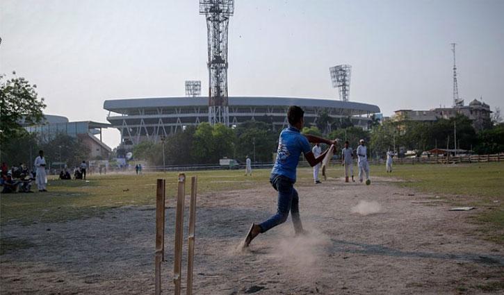 ভারতে আবারো ক্রিকেট খেলতে গিয়ে হাজতে