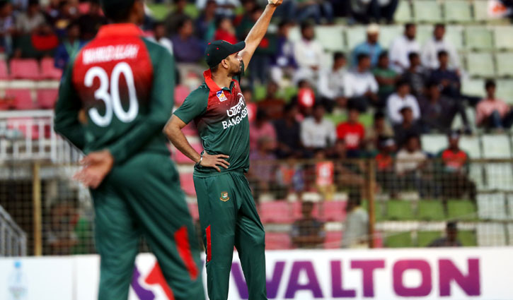 Bangladesh set target of 342 for Zimbabwe
