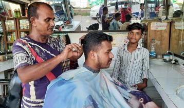 পরিবার নিয়ে অসহায় রঞ্জু চন্দ, দাবি সরকারি ঘর