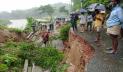 প্রবল বর্ষণে কক্সবাজারে ২টি সড়কে ভাঙন, যোগাযোগ বিচ্ছিন্ন