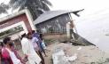 যমুনার ভাঙনে এক বিকেলেই বিলীন আলীপুরের স্কুল-মাদ্রাসা-মসজিদ
