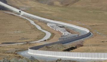 আফগানদের দূরে রাখতে ইরান সীমান্তে দেয়াল তুলছে তুরস্ক