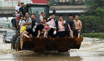 চীনে গ্রাম ছাড়ছে হাজার হাজার মানুষ